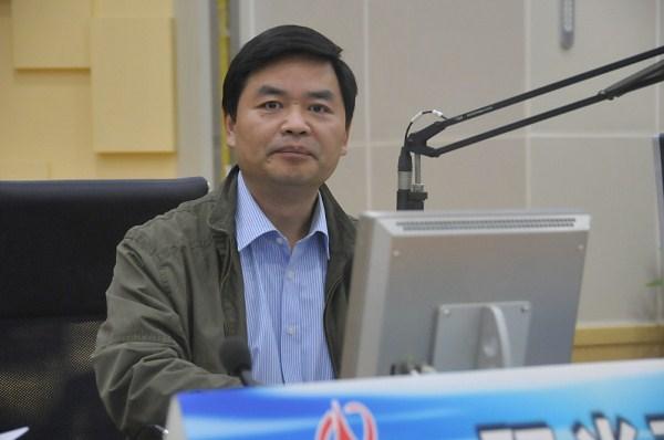 山东邮政公司 省烟草专卖局 省旅游委做客《阳光追踪》