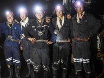 大学生钻机班400米井下拓青春:常年与瓦斯为伴 5年钻出64座珠峰