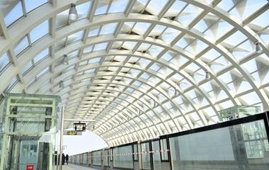 青岛:地铁11号线试运行 设计时速达120公里