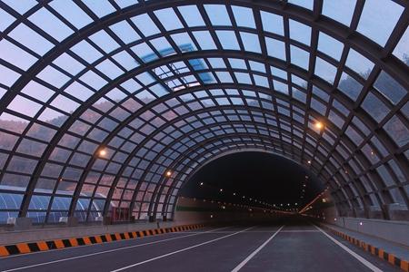 浸新闻 | 360度VR矩阵带你体验济南空中走廊有多震撼!