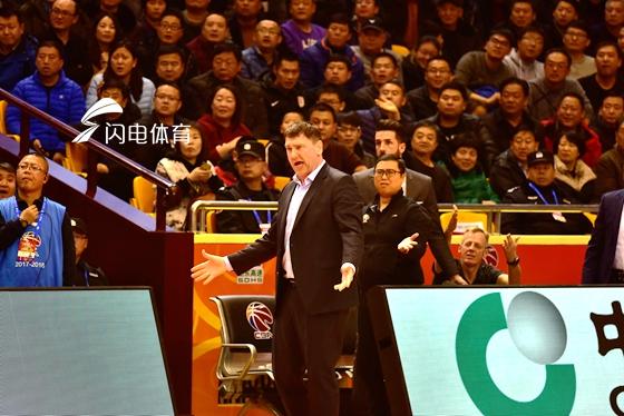 高速男篮迎战辽篮球市火爆了 队长复出与否成焦点