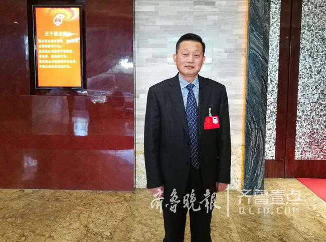 日照一中校长傅强:为日照教育新时代贡献力量