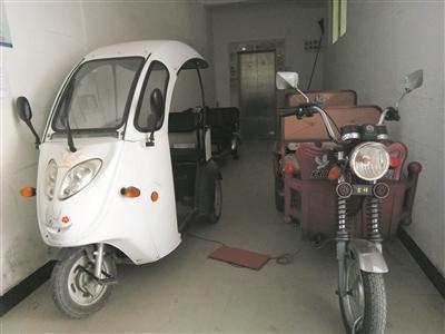 聊城小区电动车充电呈乱象 如何规范成难题