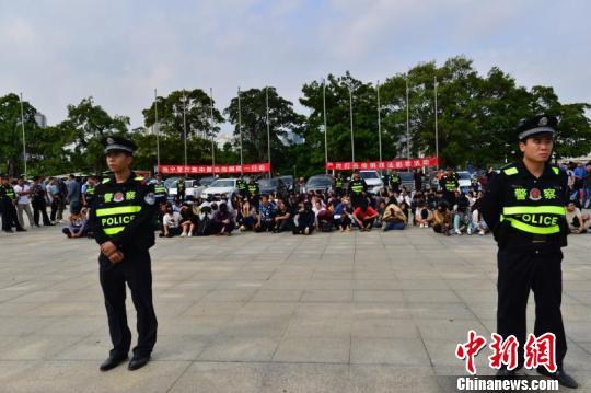 广西南宁警方侦破特大传销案 102名组织领导者被捕