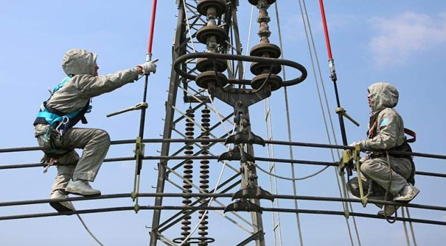 去年烟台带电作业15770万次 增加供电量5383万千瓦时
