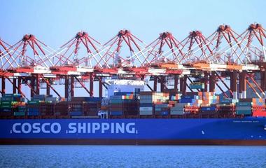 2017年中国货物贸易进出口总值27.79万亿元