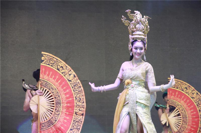 各国游客眼中的泰国文化。摄于芭堤雅