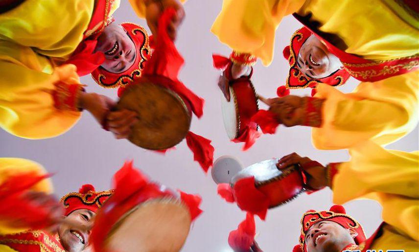 欢乐闹春节 商河鼓子秧歌将扭进瑞典