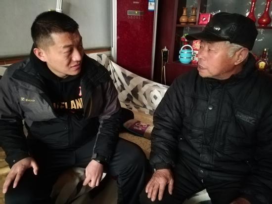 第一书记赵庆欣要帮堤外周村找回年轻人