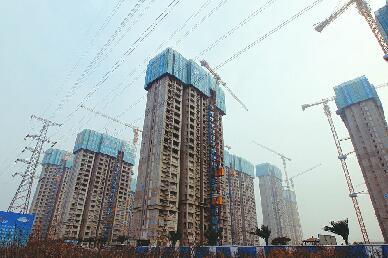 济南吴家堡安置房首栋楼封顶,预计明年6月交付使用