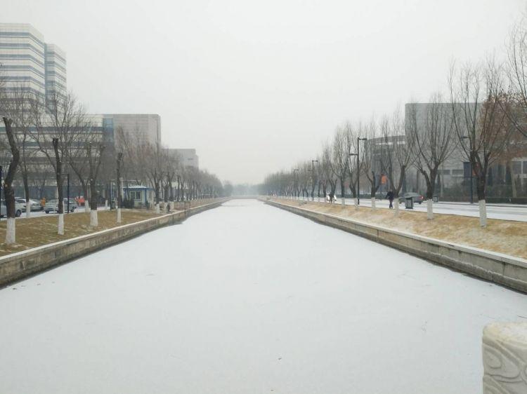 德州迎来降雪1.jpg