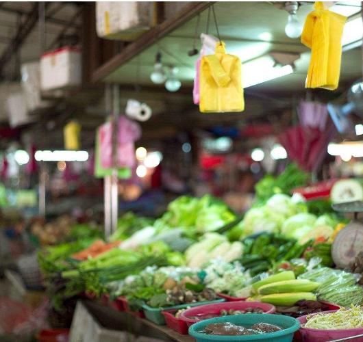受雨雪降温天气影响 济南蔬菜价格上涨