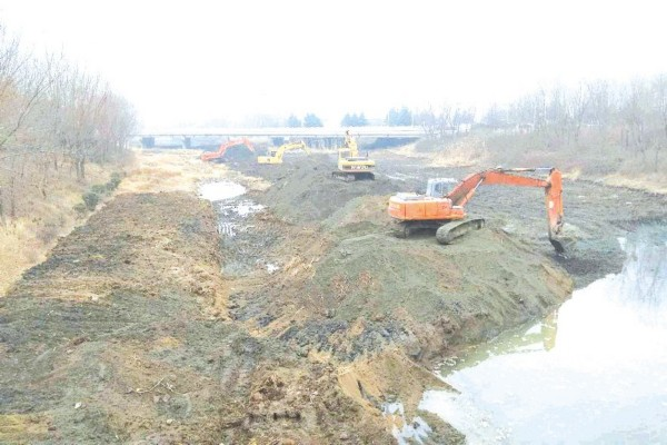 日照打响市区河道清淤整治战