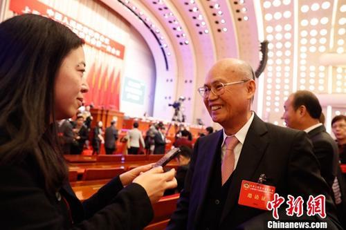 """台当局暂不核准两岸春节航班 还号称""""愿坐下来谈"""""""