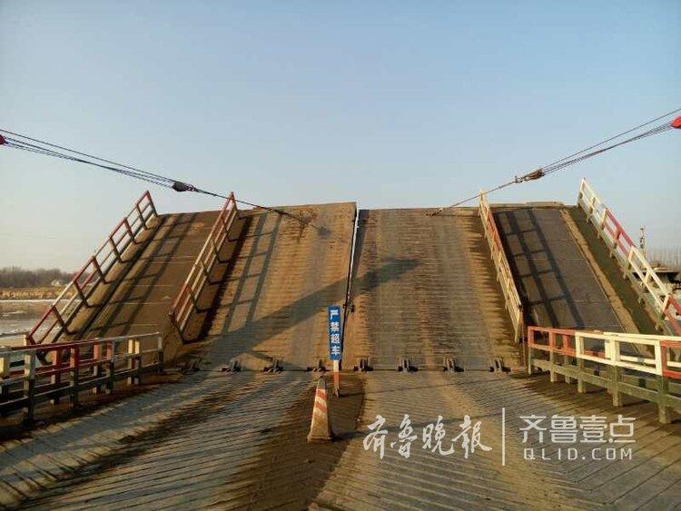 济南泺口浮桥再拆除,以防冰凌危害