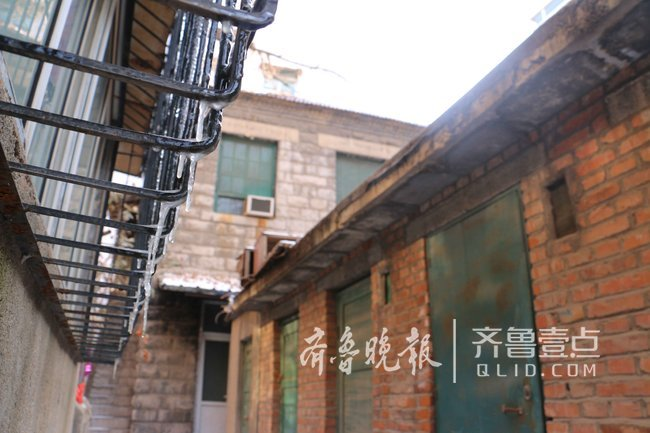"""济南十亩园有座""""石头房子"""",被列入历史建筑普查名单"""