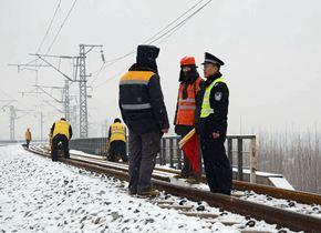 春运将至!铁路公安寒冬寻线确保交通安全