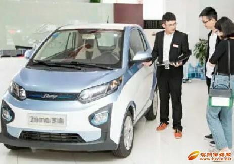 新能源汽车引领出行新趋势 滨州市区一家小店月销70多辆车
