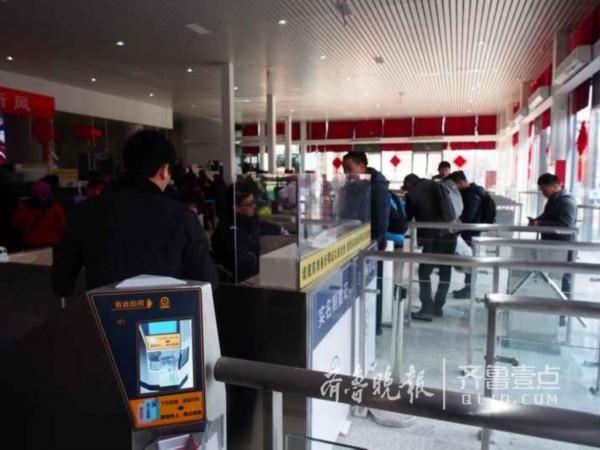 济南站刷脸系统:3秒就进站但会用的不多