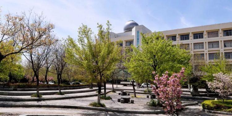 泰山学院.jpg