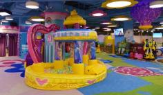 儿童游乐设施内摔伤 淄博一商场等多方被判担责