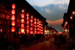 """""""旅游过年""""一年比一年火 出境游成春节旅游市场主流"""