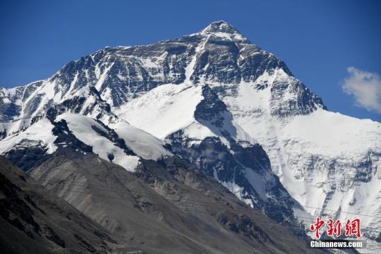 官方:中国从未放弃8844.43米珠峰海拔高度数据