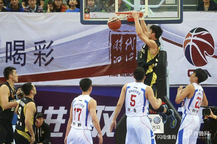 CBA常规赛告罄!高速季后赛碰江苏 上海反超浙江锁定末席