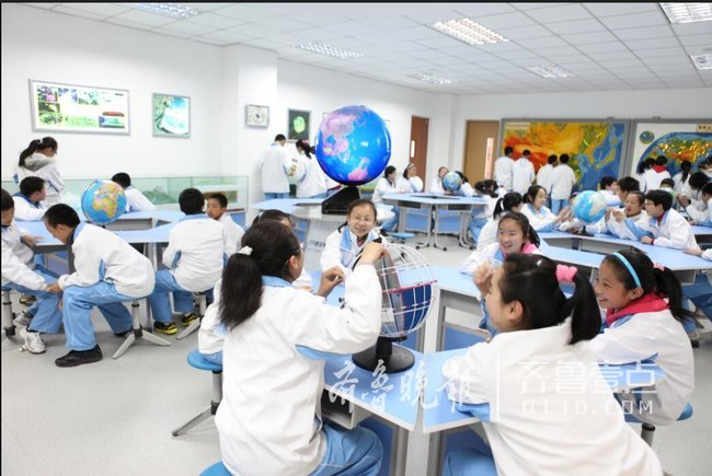 青岛启动中小学高水平现代化建设 鼓励小班教学