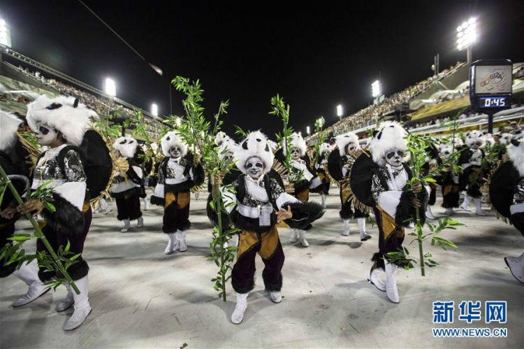 巴西老牌桑巴舞校以中国主题亮相里约狂欢节