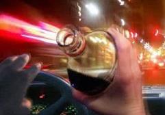 无牌无证酒后驾驶 男子遇高青交警查车耍赖又耍横
