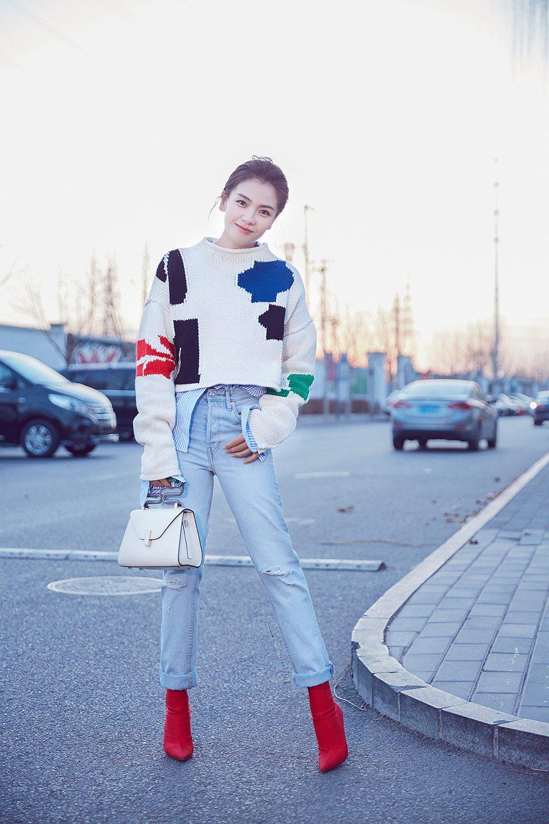 刘涛时尚街拍活力满满引