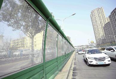 济南市区非高架路段首设声屏障