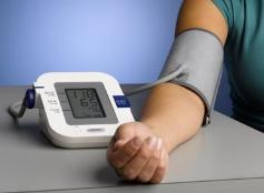 临淄年轻女子在家正常 去医院就测出高血压