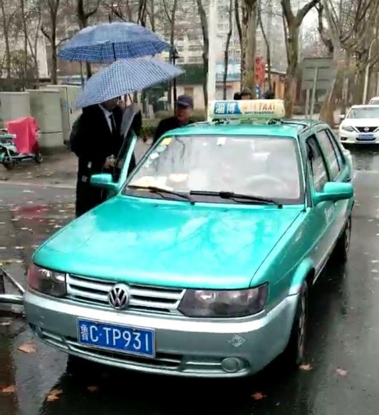 淄博运管部门协调调集车辆 让艺考生都能叫到车