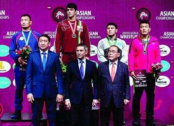 莱芜市选手毕胜峰摘亚洲摔跤锦标赛铜牌