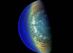 美国NASA拍摄下木星内部喷射气流和模式气旋