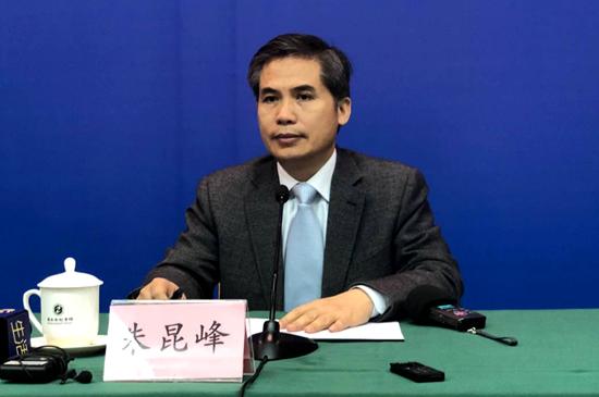 山东省工商行政管理局党组副书记、副局长 朱昆峰