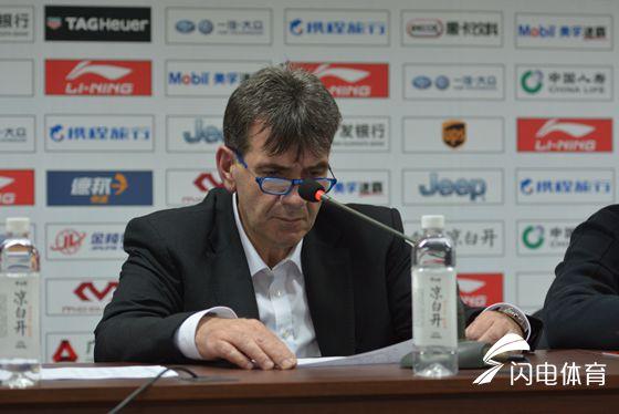 江苏主帅:国内球员压力大    分析败因数据已说明问题