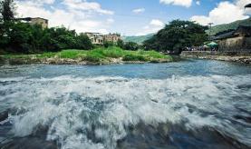 临淄区、高新区:200多名河长保护河流安全