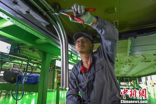 今年1-2月份全国规模以上工业企业利润增长16.1%