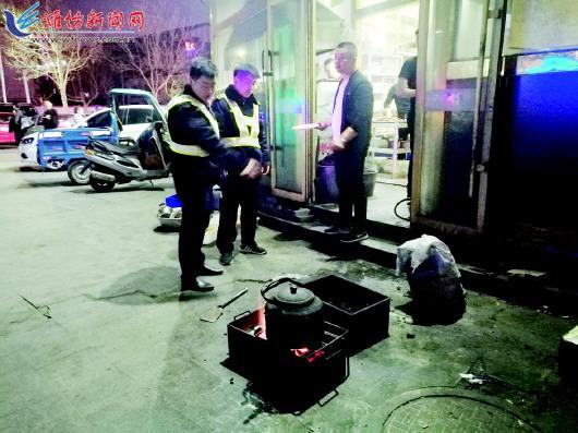 潍城区辖区主干道两侧已基本没有店铺店外摆摊