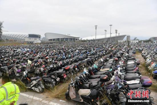 北京立法加强非机动车管理:禁止滑板车、独轮车上路