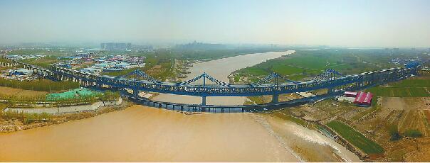 石济客专济南公铁两用桥月底铺轨 年底和新东站同步开通