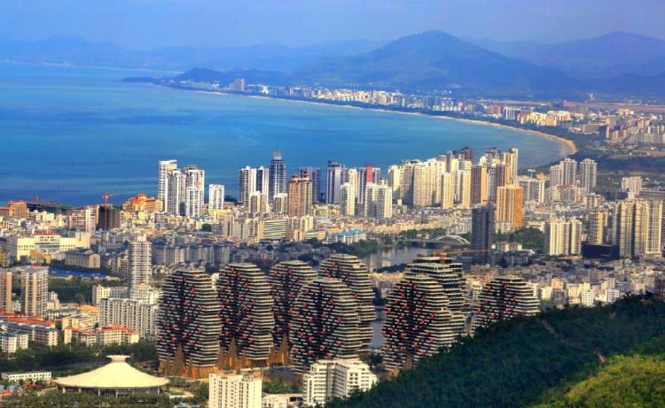 中共中央国务院:在海南探索竞猜型体彩 鼓励发展赛马