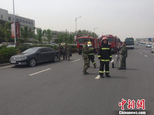 长沙至北京一航班因非法干扰备降郑州机场 人机安全