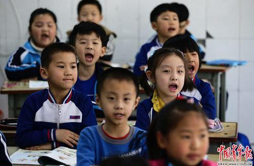 雄安北京学校满月记:学生热情 老师坦言知识不够用