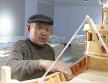 日照老人50年坚守传统造船技艺
