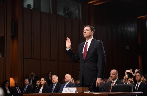 旧怨生新恨!美FBI前局长科米与特朗普掀激烈骂战