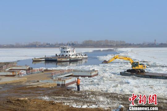 中国萝北至俄罗斯阿穆尔捷特浮箱固冰通道拆解完成